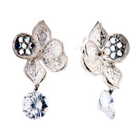 Earrings - fahsion four leaf petals clear cz crystal stud earrings jewelry Image.