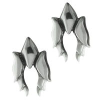 Earrings - antique sterling silver detailed claw stud fashion earrings Image.