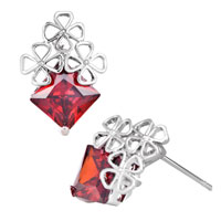 Earrings - jul birthstone light red square crystal clover stud earrings Image.