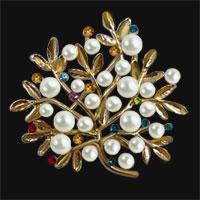 Gold Vintage Crystal Rhinestone Floral Flower Leaf Pearl Brooch Pin