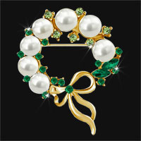 Vintage Gold Floral Bowknot Green Crystal Rhinestone Pearl Wreath Brooch Pin