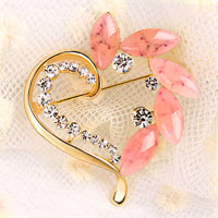 Vintage Heart Pink Rhinestone Crystal Brooches Pin Gold Floral Flower Brooch