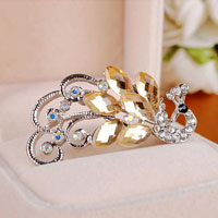 New Fashion Peafowl Peacock Silver Tone Yellow Tear Drop Crystal Brooch Pin