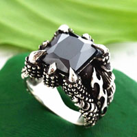 Rings - stainless steel shrill claw black crystal gem men' s fashion ring size  7 Image.