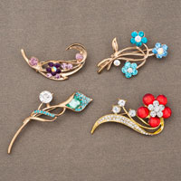 4  Pcs Wholesale Colorful Gold Red/ Blue/ Purple Crystal Bouquet Brooches Pins