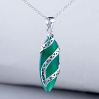 Necklace & Pendants - green drop pendant necklace Image.