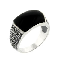 Rings - fashion antique flower black rectangle faux onyx ring size  6 Image.