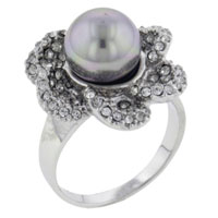 Mother Of Pearl Jewelry - size7  floral silver pearl ring Image.