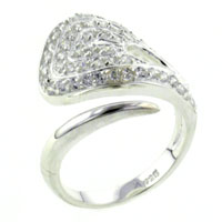 Rings - fashion size8  clear cz twist ring in 925  sterling silver jewelry Image.