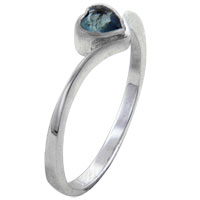 Rings - size8  heart cz aquamarine sterling silver jewelry ring gift fashion Image.