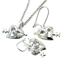 Necklace & Pendants - 3  pieces of 925  sterling silver heart& arrow april birthstone crystal wedding pendant earrings set jewelry gift cubic zirconia pendants necklace Image.