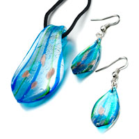 Necklace & Pendants - 3  pieces of bright blue murano glass leaf drop design pendant Image.