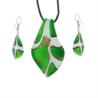 Murano Glass Jewelry - green and white leaf murano glass lampwork pendant earrings set Image.