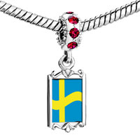 Charms Beads - red crystal dangle sweden flag Image.