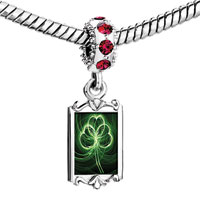 Charms Beads - red crystal dangle st.  patrick' s day green clover leaf countless lines Image.