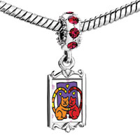 Charms Beads - red crystal dangle lovely bears in love hearts Image.