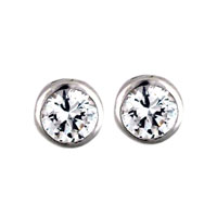 Handcrafted Round Clear Crystal Cz Cubic Zirconia Stud Earrings