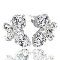 April White Clear Swarovski Crystal Butterflystud Earrings