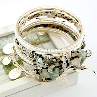 Multi Strands Mixed Rhinestone Pearl Green Bangle Bracelets Sets