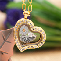 Puhster Golden Heart Living Locket Daisy Flower Charms Pendant Chains Necklace