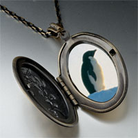 Necklace & Pendants - penguin look pendant necklace Image.