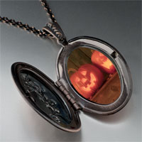 Necklace & Pendants - smiling jack o lanterns pendant necklace Image.