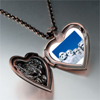 Items from KS - travel mount rushmore photo heart locket pendant necklace Image.