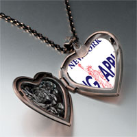 Necklace & Pendants - statue liberty pattern heart rose heart locket pendant gifts for women necklace Image.