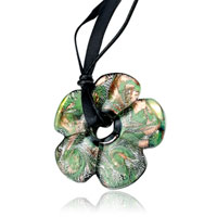 Retro Green Flower Classic Pendant Necklace