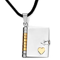 18 K Gold Notebook Golden Heart Pendant Necklace 18
