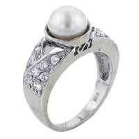 Size 7 White Pearl Rings