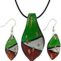 Red Green White Leaf Shaped Murano Glass Pendant Earrings Set